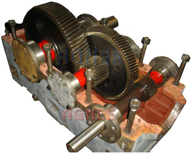 Internal Assembley of Helical Gearbox, H2-450 Helical Reduction Gear Box, Helical Gear Reducer